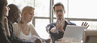 Habilidades Profesionales y Éxito Laboral
