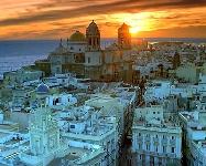 España: Becas para Maestría en Leyes (Mediación) Universidad de Cádiz/Banco Santander