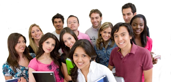 Resultado de imagen para estudiantes de maestrias AGCID Chile