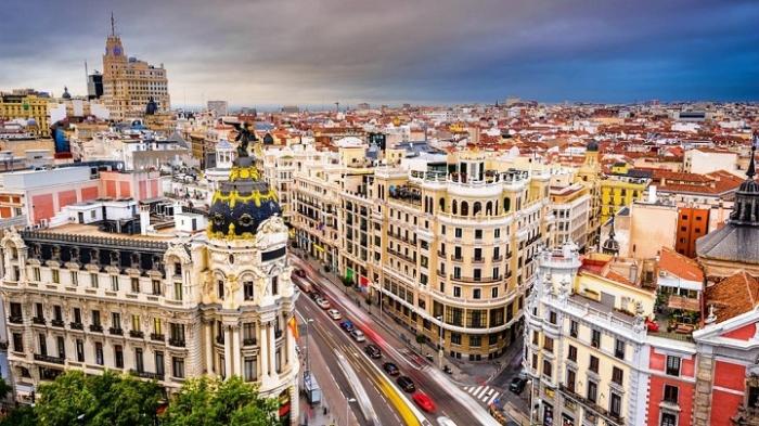 España: Becas Maestría en Servicios Financieros ESADE