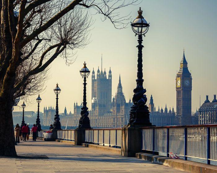 Reino Unido: Beca Maestría en Banca y Finanzas London Institute for Banking and Finance