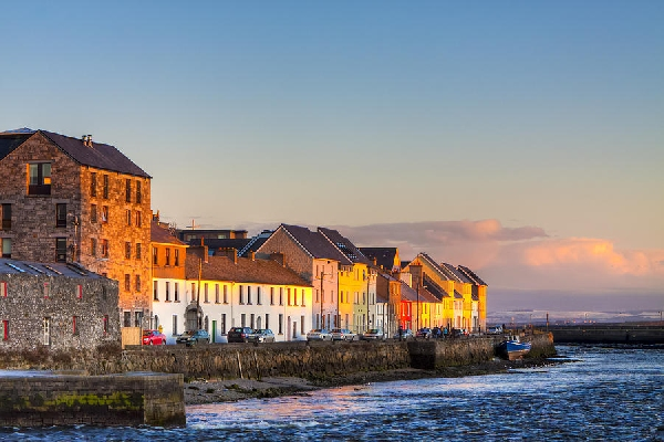 Irlanda: Becas para Pregrado en Varios Temas National University of Ireland Galway